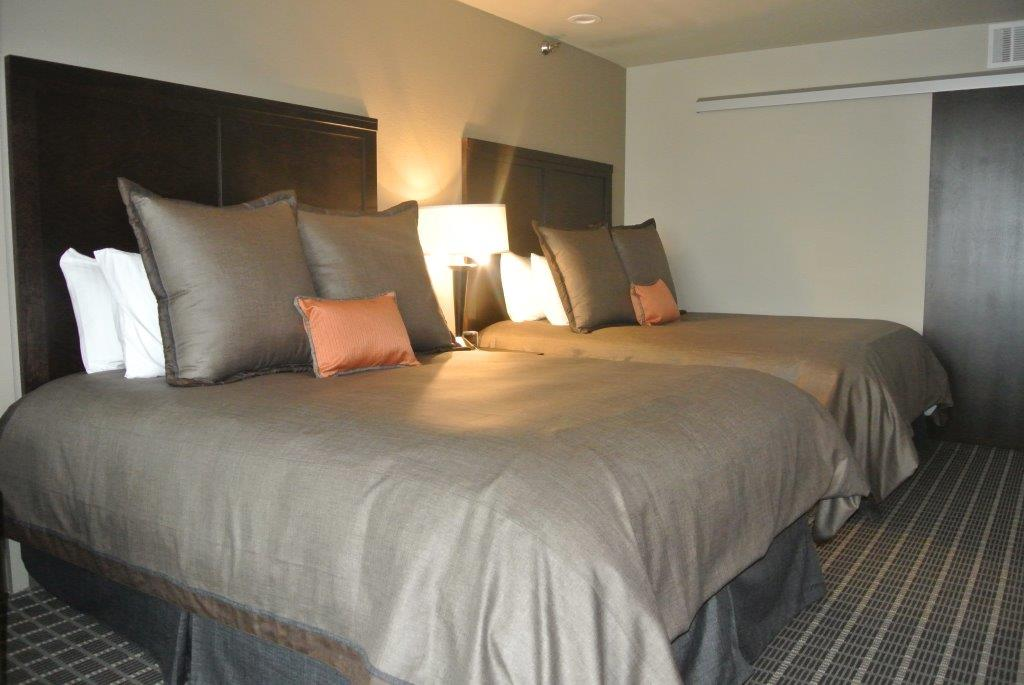 Deluxe Two Queen Beds with City View