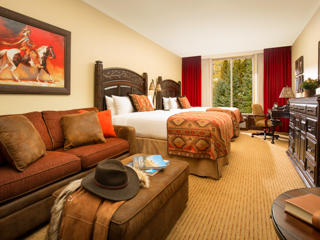 Premier Double Queen Guestroom