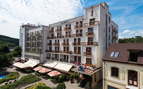 Hotel Jalta & Dependances