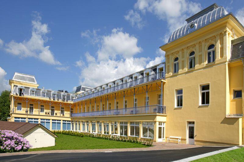 Maria Spa Courtyard