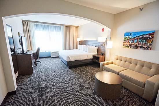 Gundersen Hotel & Suites
