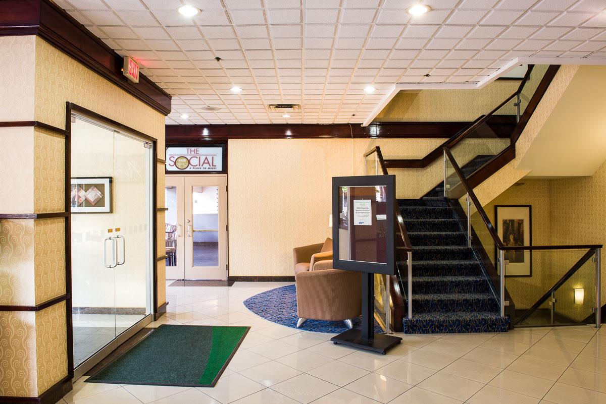 Sunbridge Hotel & Conference Centre Downtown Windsor