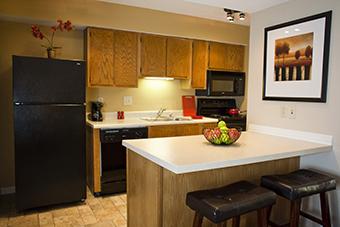 Cloverleaf Suites Kansas City - Overland Park