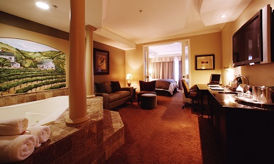 One-Bedroom King Whirlpool Suite