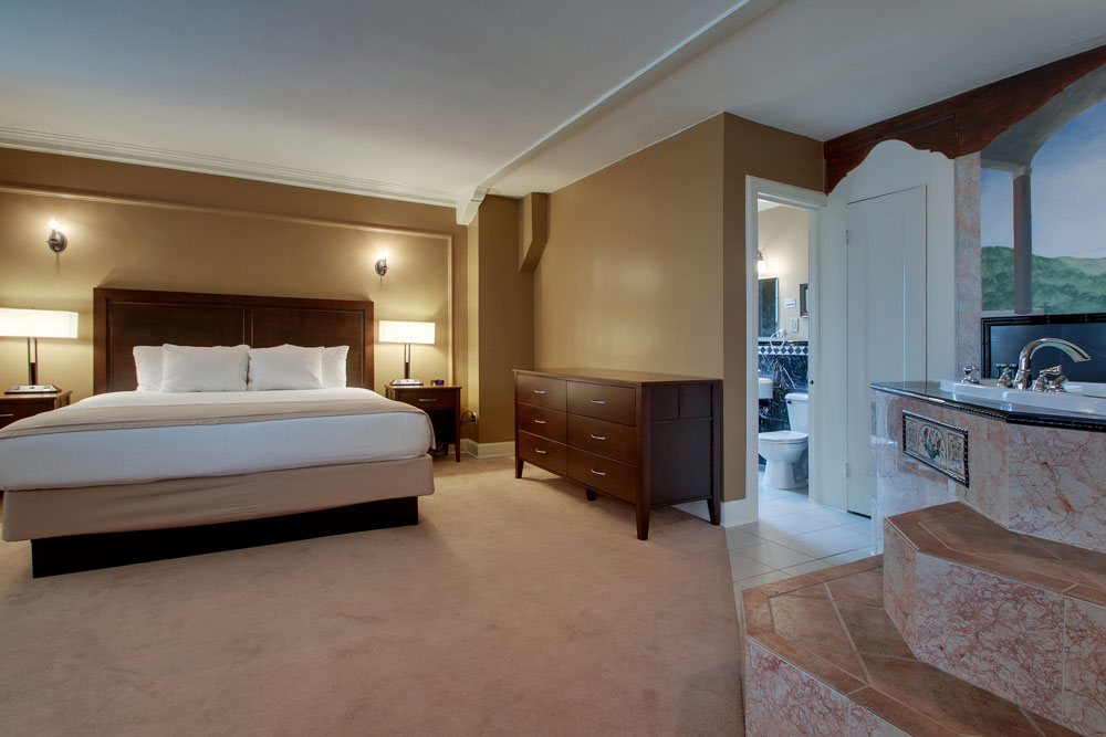 One Bedroom Whirlpool