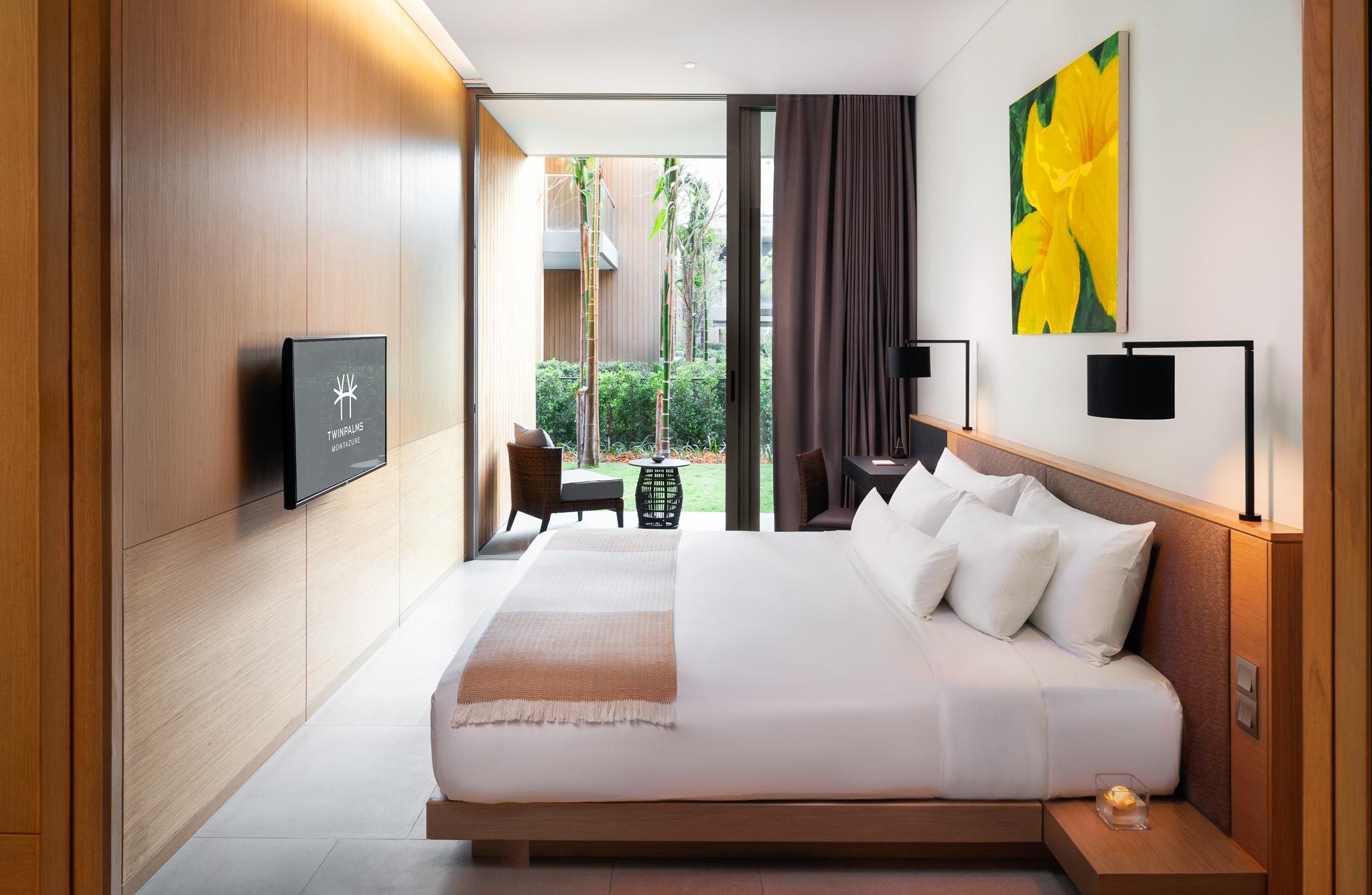 Grand Azure Suite
